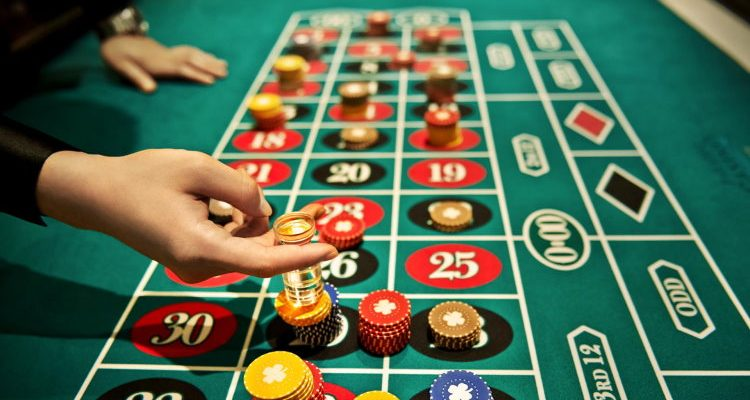 How to Play Casino Games: Casino Tips for Various Online Games
